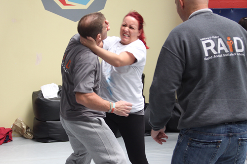 knife defence courses